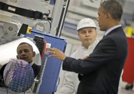 President Obama tours the Applied Materials campus in Austin, Tex.
